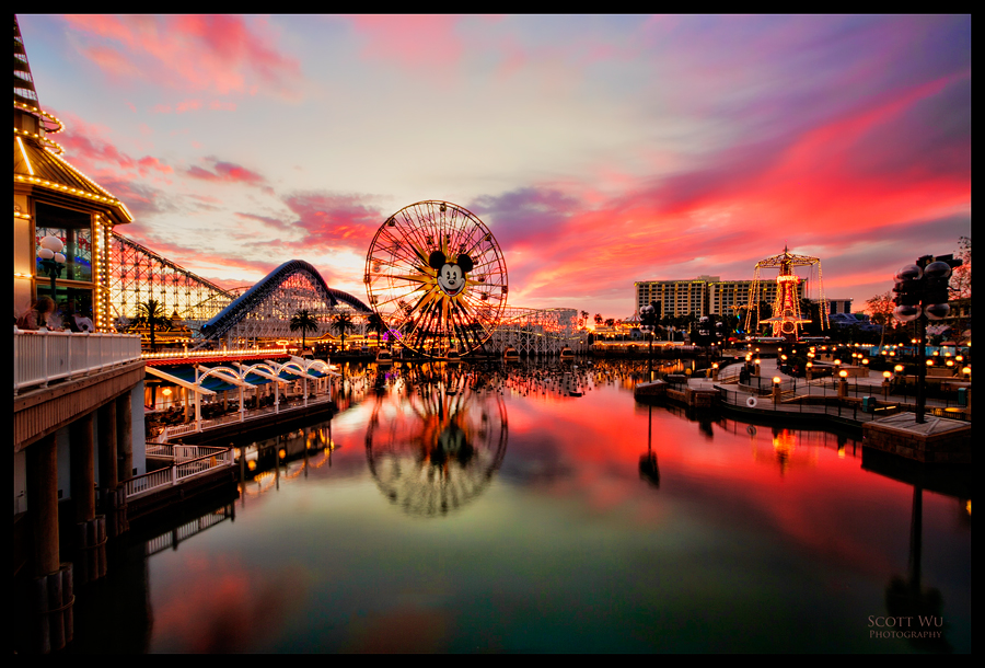 Disneyland At Sunset Images & Pictures - Becuo