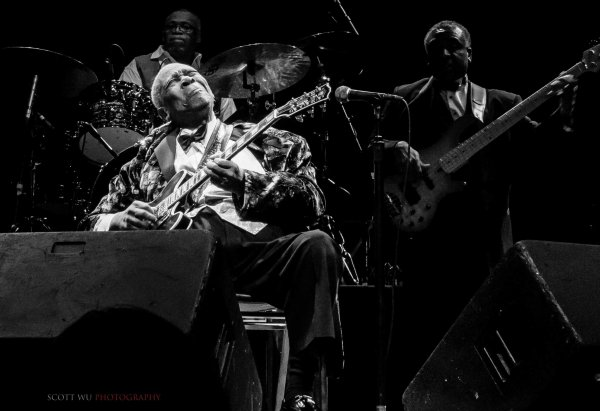 13.12.08 BB King at Saban Theatre 0089  by Scott Wu-54